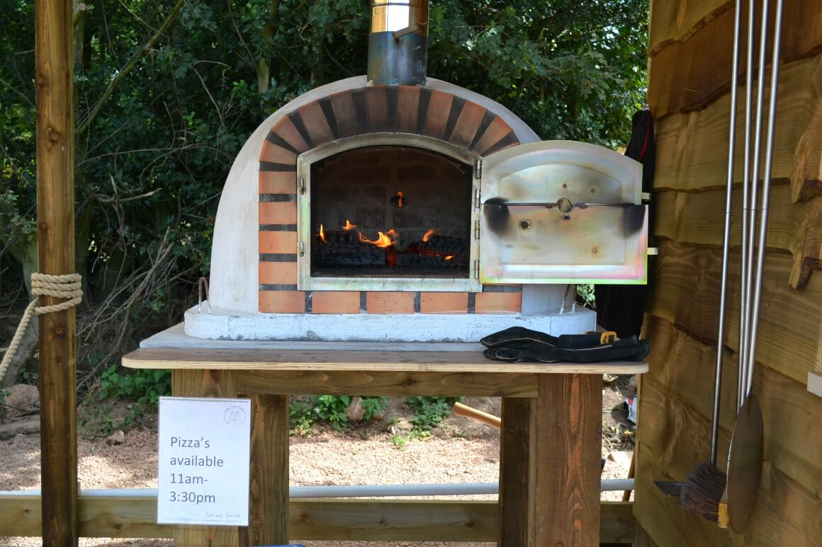 Outdoor pizza oven at the Bear Trail in Devon