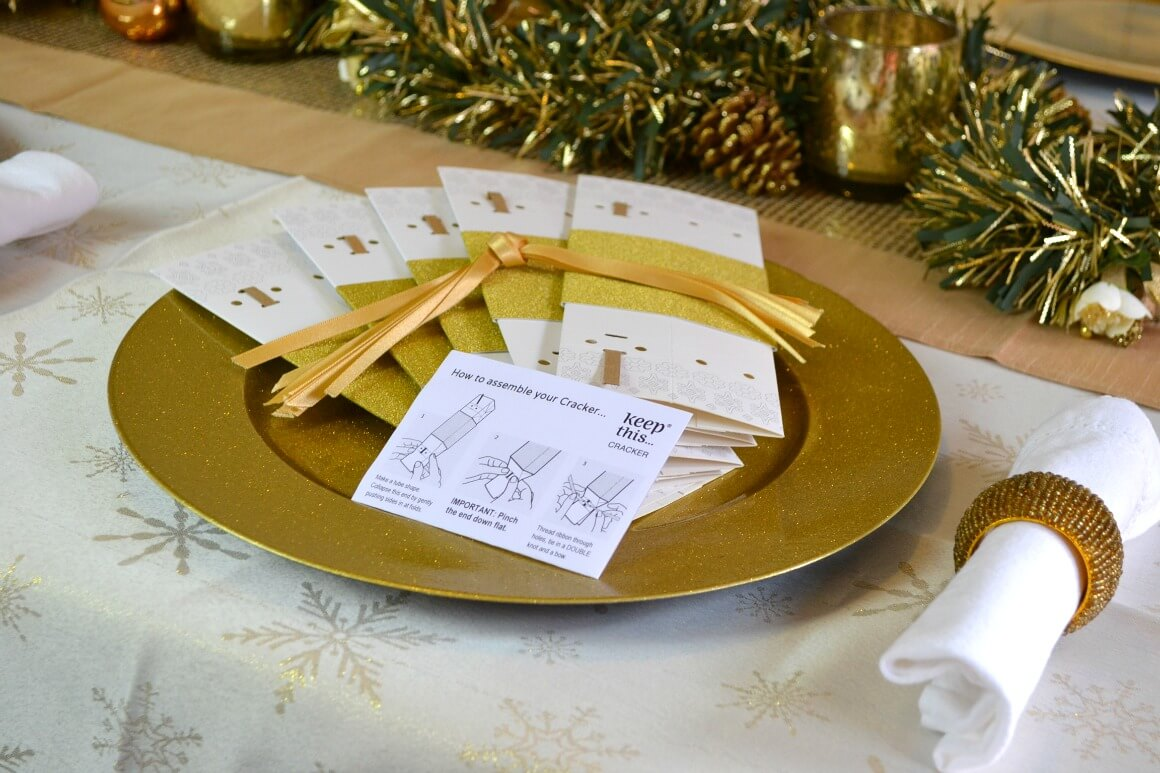 How to make reusable Christmas crackers