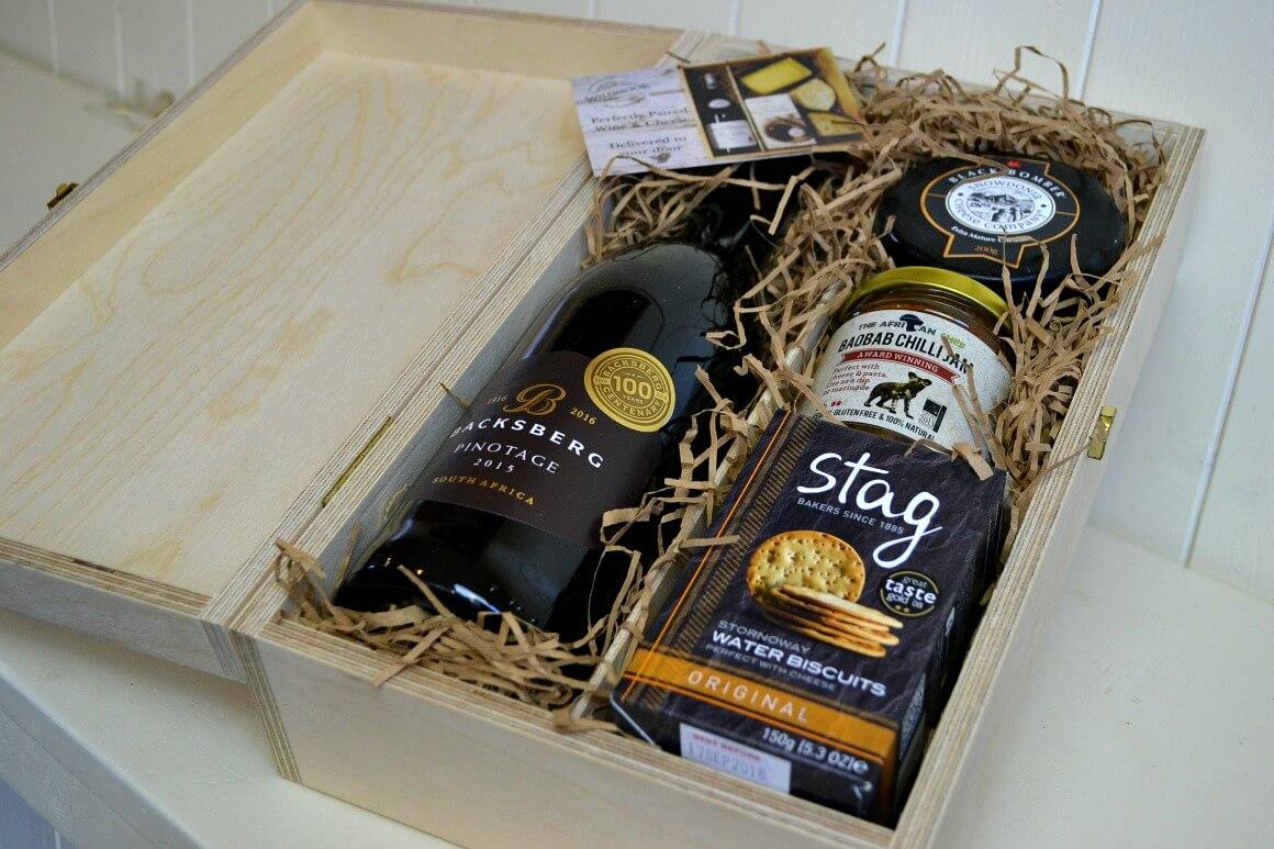 wine & cheese box by Wildmoor deli