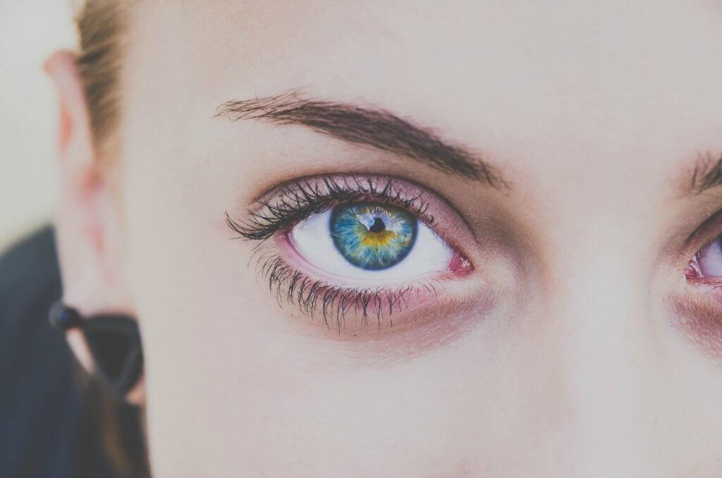 woman beautiful eyes