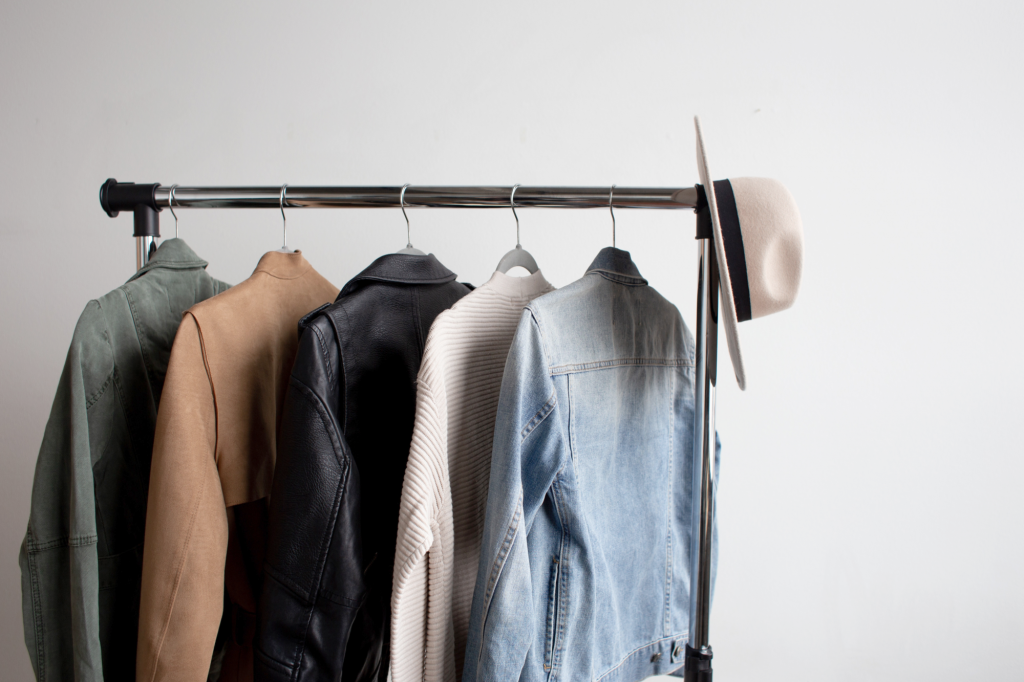 Declutter your Clothes